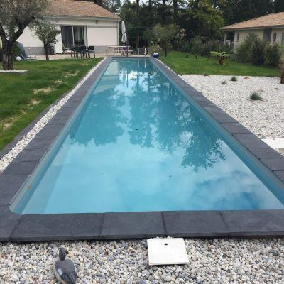 Couloir de nage beton liner cap ferret fm piscines - Piscine liner gris clair ...